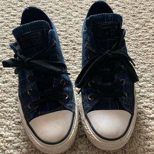 Converse Chuck Taylors - Navy Plaid, Size 6 womens